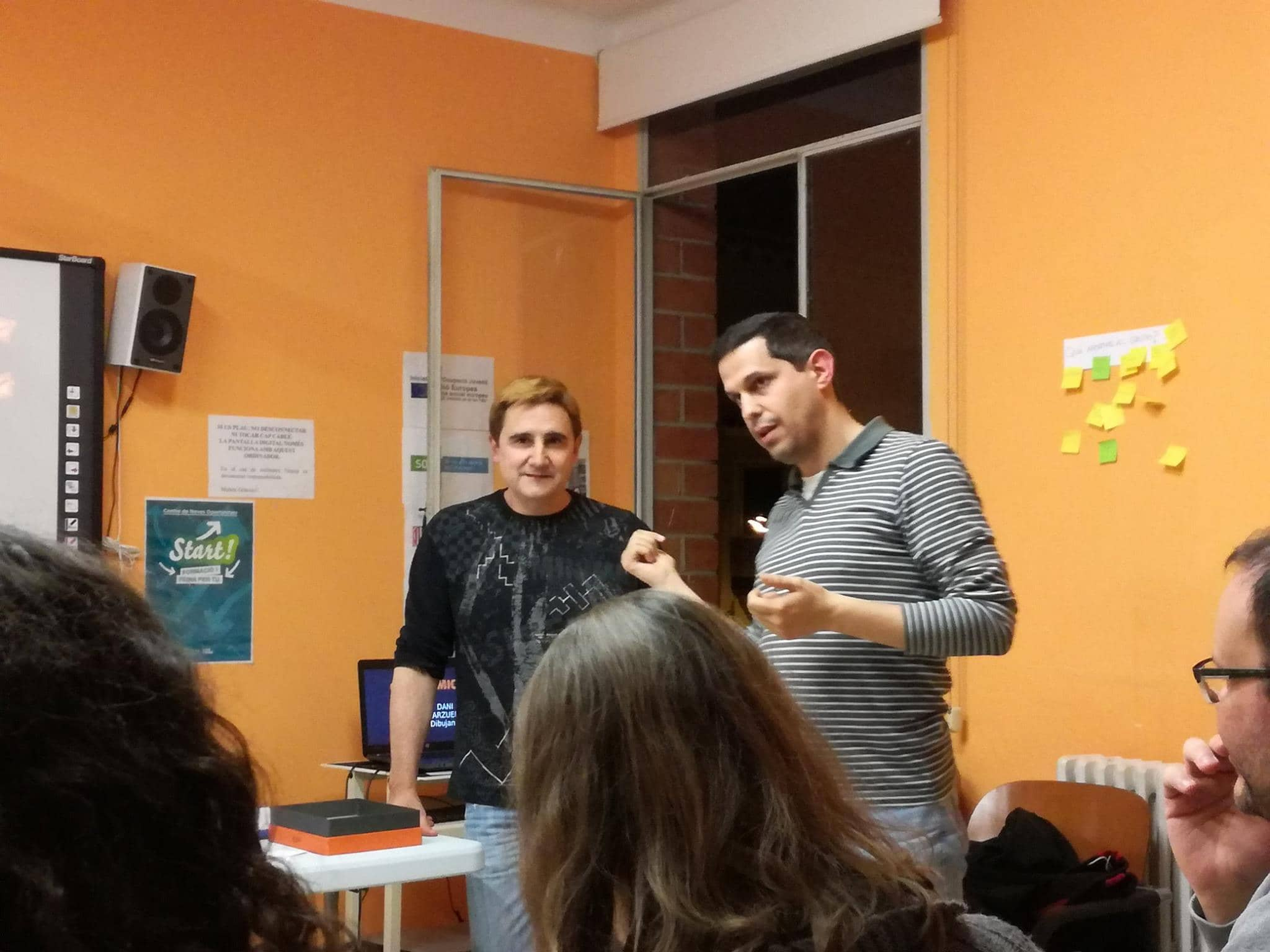 JAR y ZAR hablando sobre el proceso creativo de los cómics
